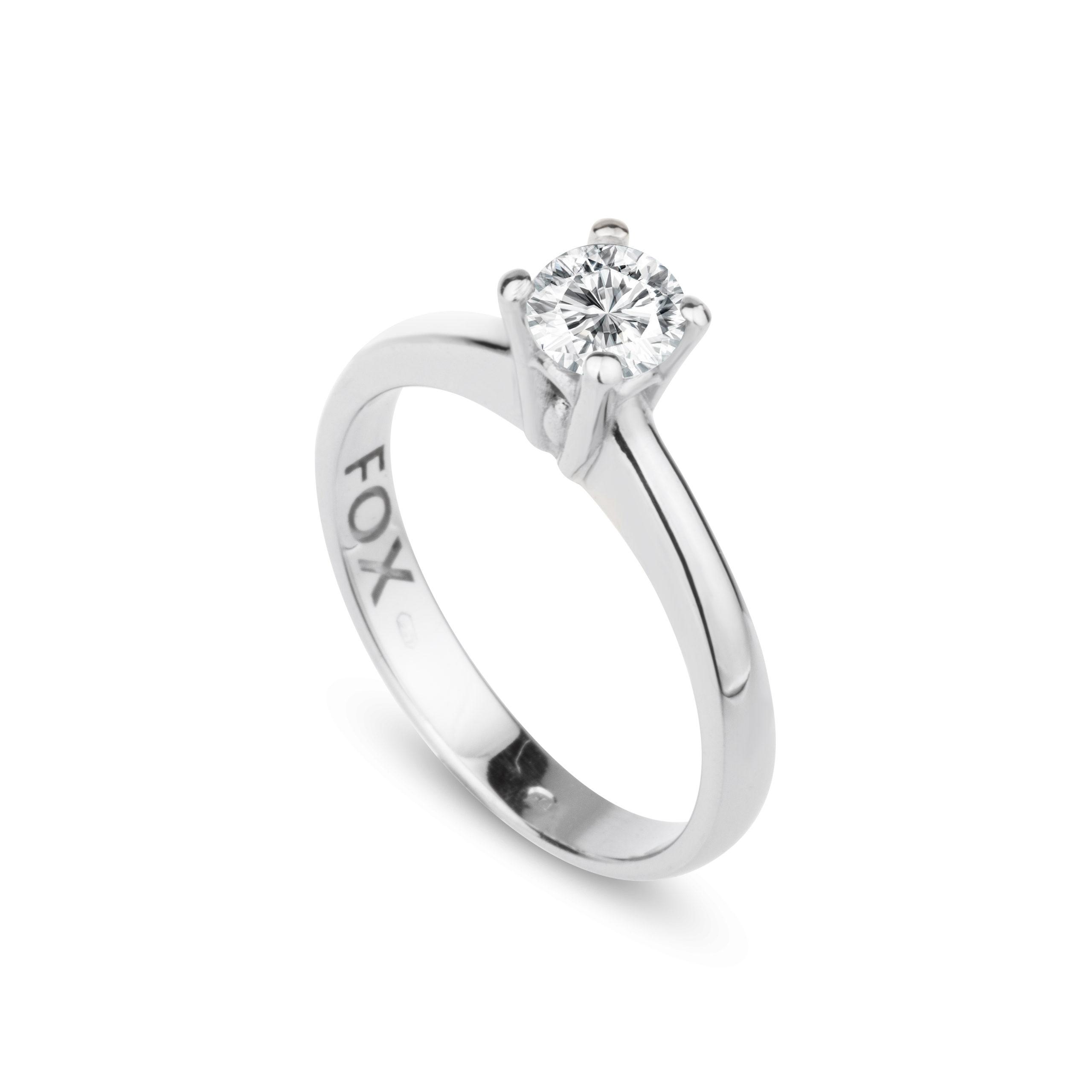 Zásnubní prsten z bílého zlata a diamantem FOX 17